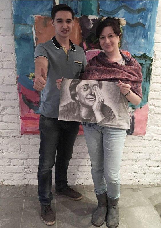 Ученица с большой открытой грудью и её ученик 5 фотография
